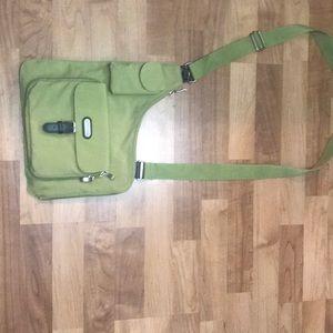 New Baggalini Green Uptown City Crossbody Bag